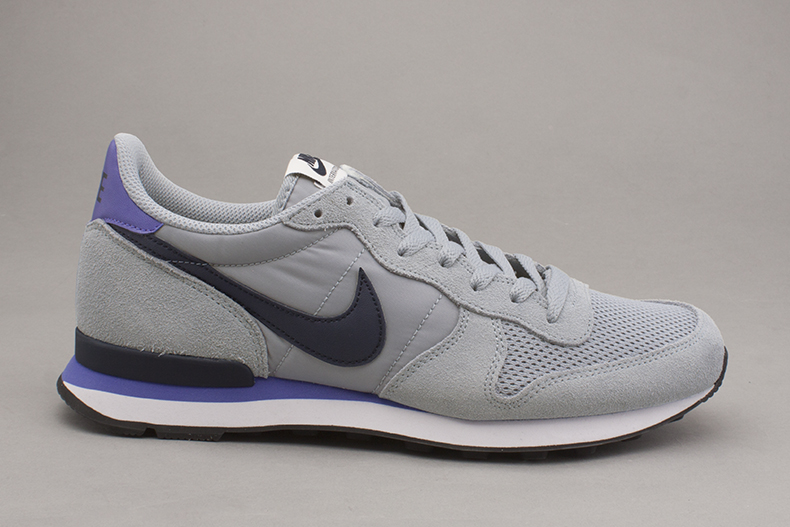 super popular 06902 0d774 ... men s light grey Nike Internationalist trainers schuh