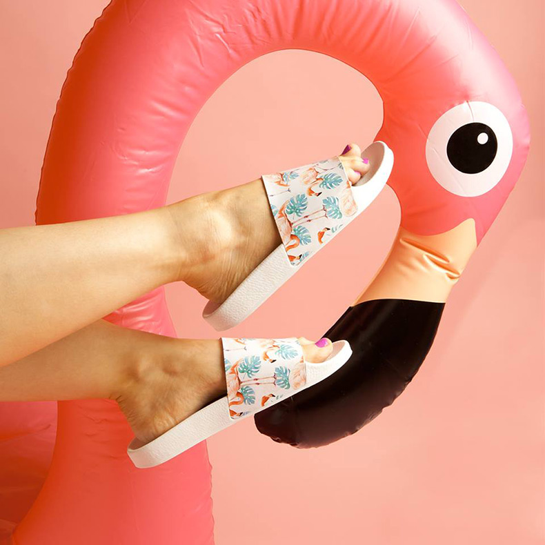 schuh dream boat flamingo pool slides