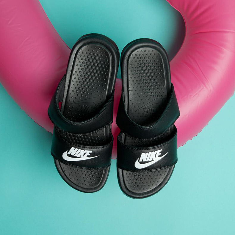 nike benassi duo pool slides