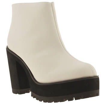 schuh Fly Girl boot