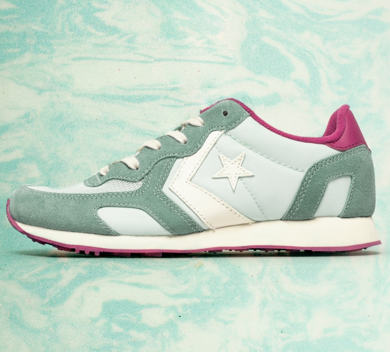Converse Auckland Racer green and pink trainers