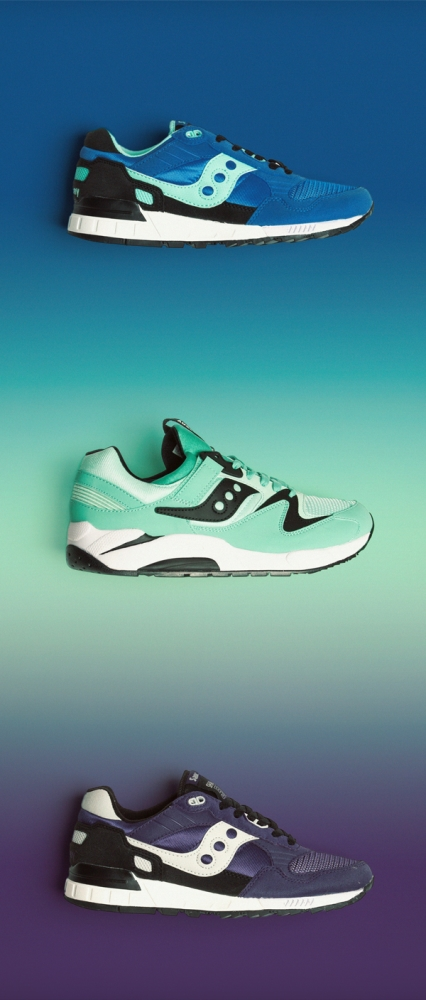 3 saucony trainers in blue and green