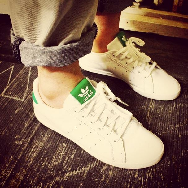 adidas-stan-smith-for-women-in-white-and-green-leather
