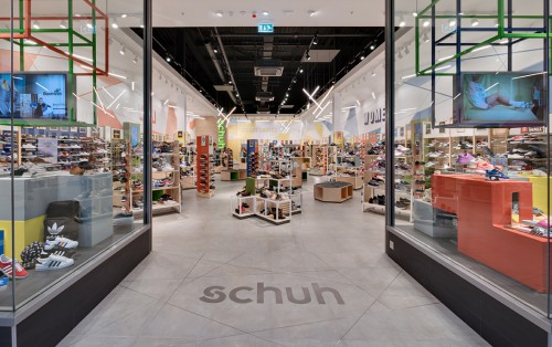 schuh Bluewater carrying over 2000 styles of shoes