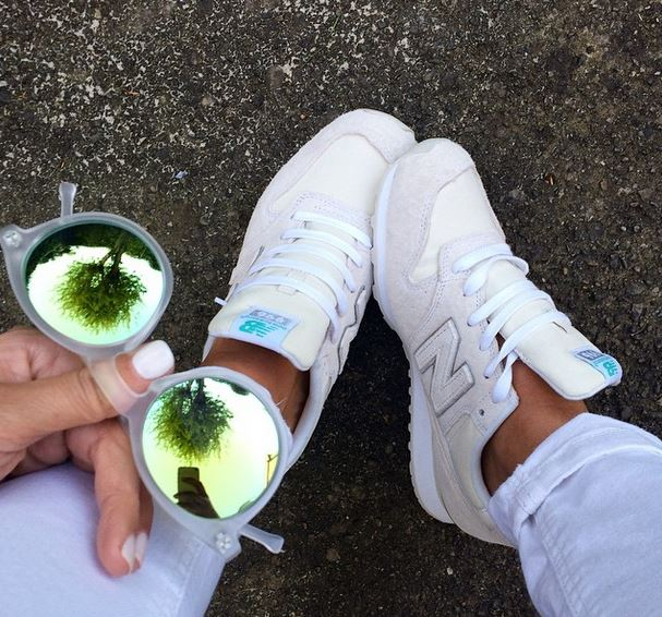 white-new-balance-trainers