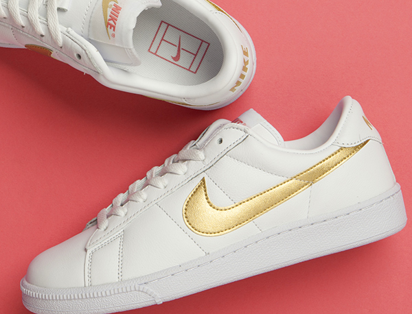 white nike tennis classic trainers at schuh