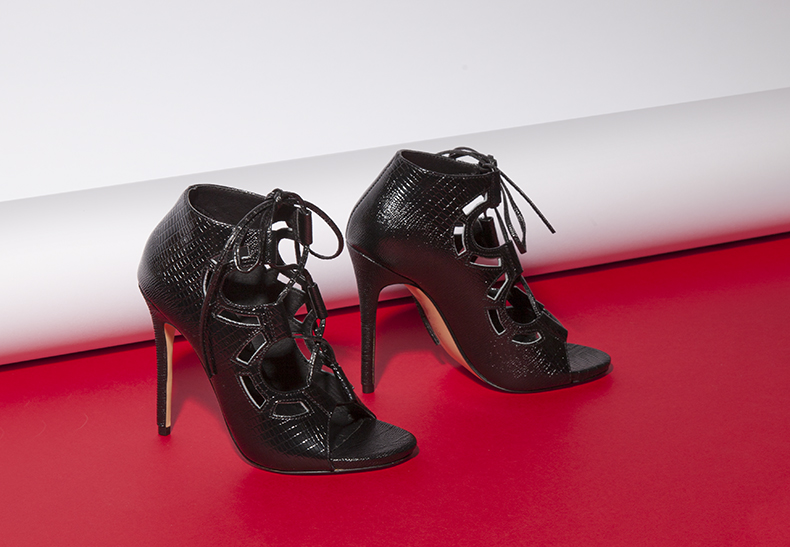 womens man-made schuh black poppy lace up high heels