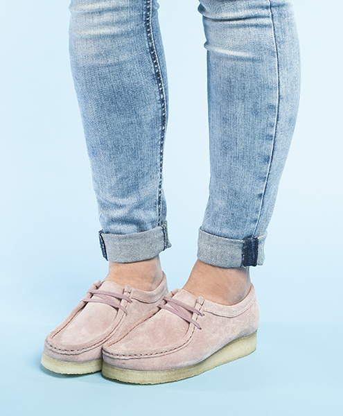clarks originals wallabee flats for women in pink suede with rubber crepe sole worn with blue jeans