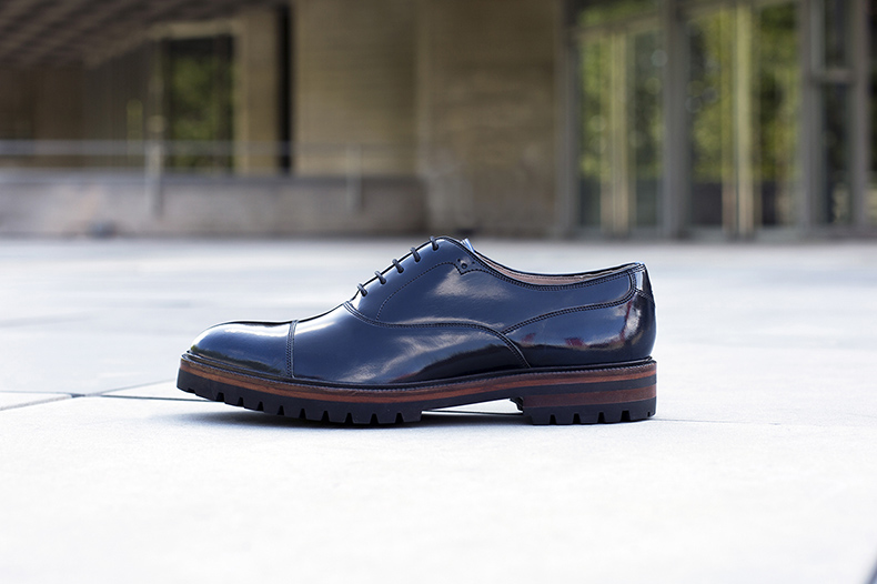 oliver sweeney high gloss navy leather formal mens shoes outside on pavement
