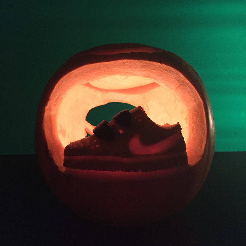 schuh hq pumpkin carving competition nike dunk