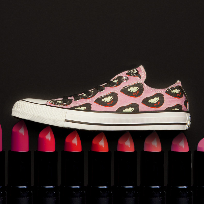 converse andy warhol mailyn monroe all star ox trainers for women in pink and black fabric