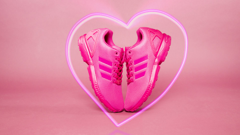 mens and womens unisex adidas zx flux trainers in pink fabric with neon heart