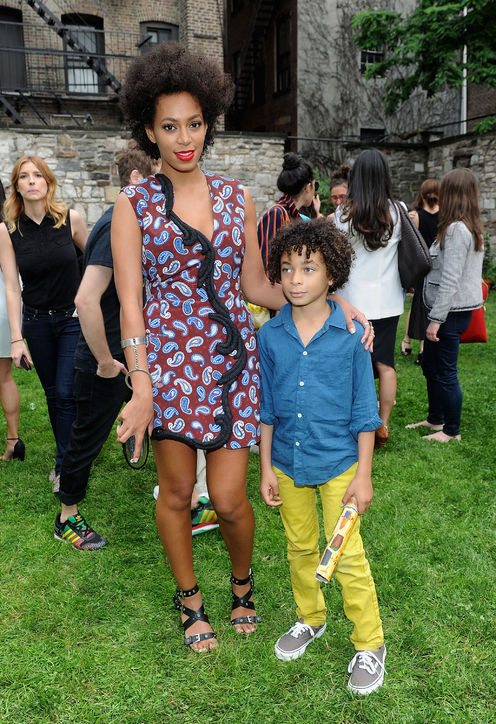 soalnge-knowles-and-julez-black-strappy-sandals-kids-grey-vans-trainers