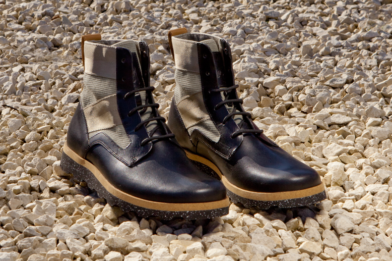 clarks originals x christopher raeburn mens black leather bandar hi boots with khaki detail