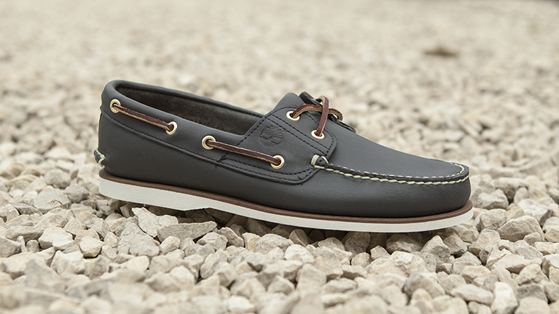 timberland navy classic boat shoe