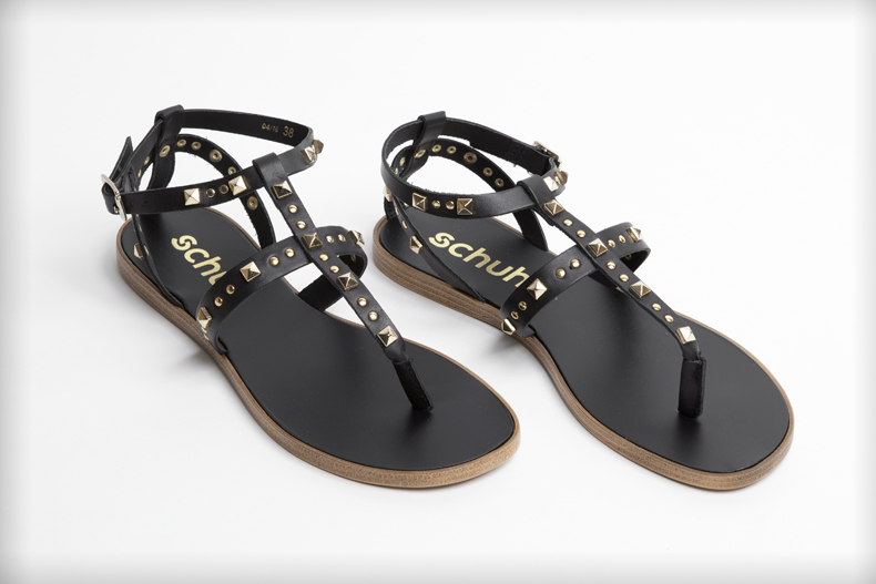 womens schuh prize black leather gladiator sandals with stud embellishment