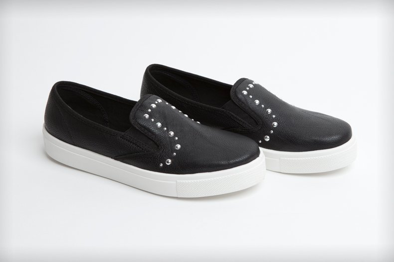 womens black faux-leather schuh awesome slip on ii stud flats
