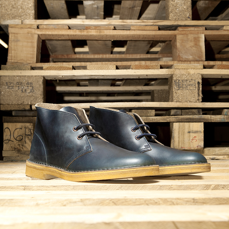 Clarks Originals Desert Boots in Navy Leather