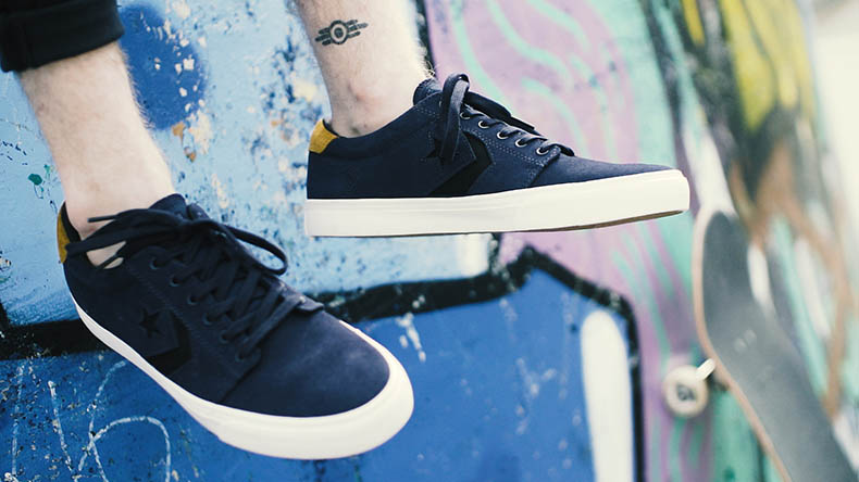 Converse ka3 heavy canvas in navy heritage style.