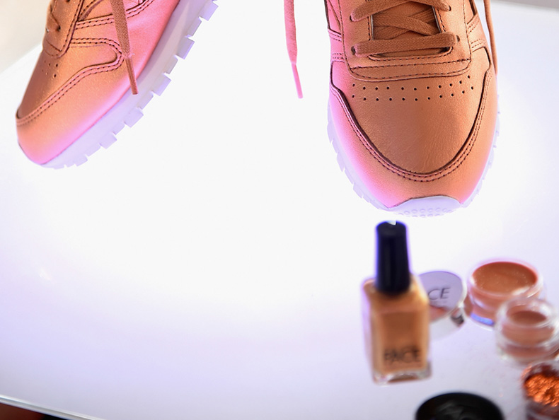womens Reebok Classic Leather trainers in bronze from FACE Stockholm collection with makeup schuh blog