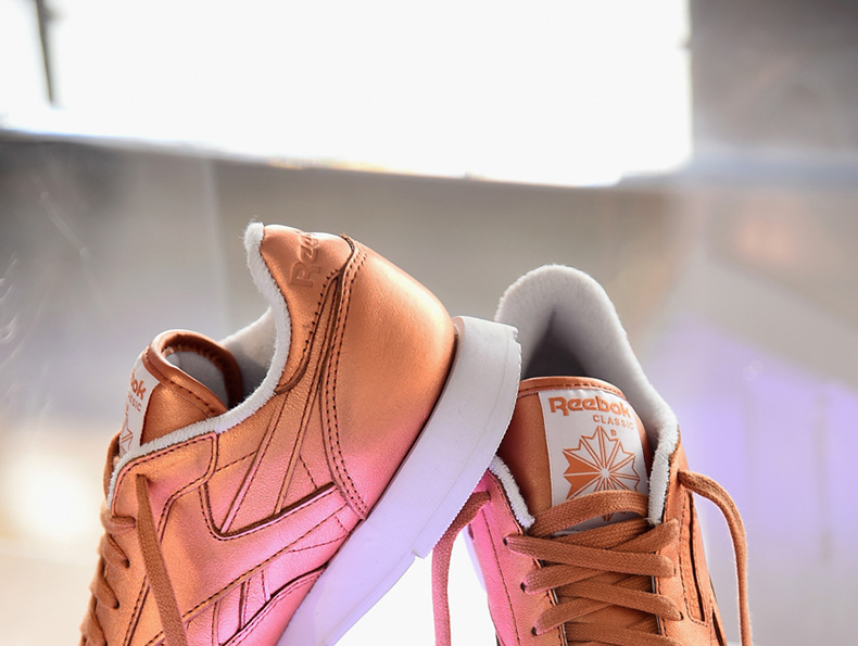 womens Reebok Classic Leather trainers in bronze from FACE Stockholm collection schuh blog