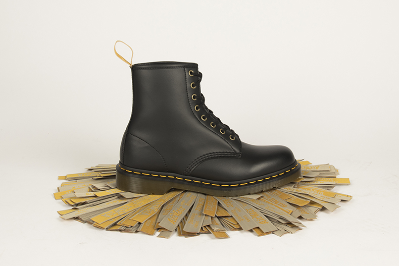 dr martens 1460 8 eye vegan boot