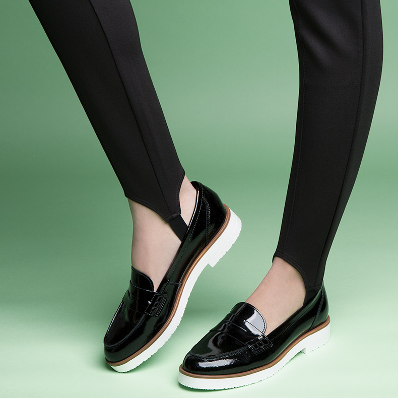 womens schuh black and white sphere loafer