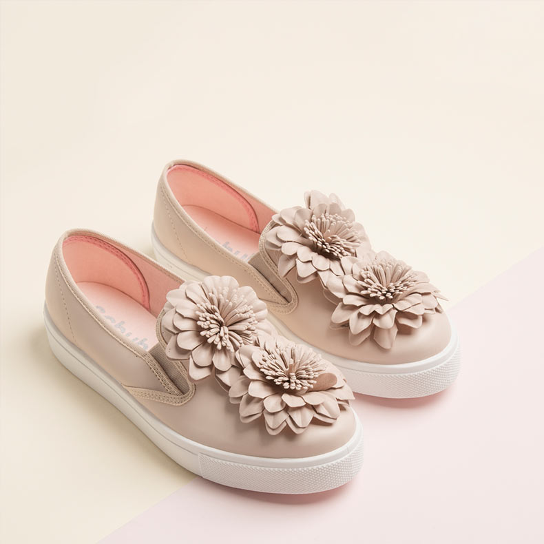 schuh Awesome Flowers slip on trainers with large flower details