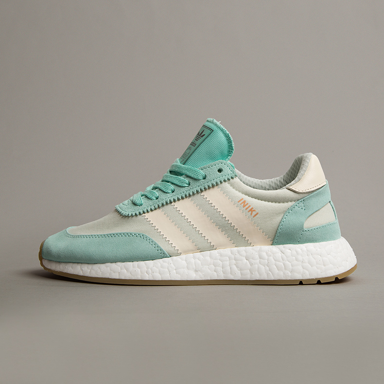 adidas Iniki Runner in light green