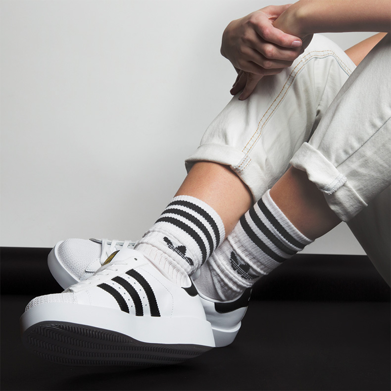 adidas superstar brand matching with socks