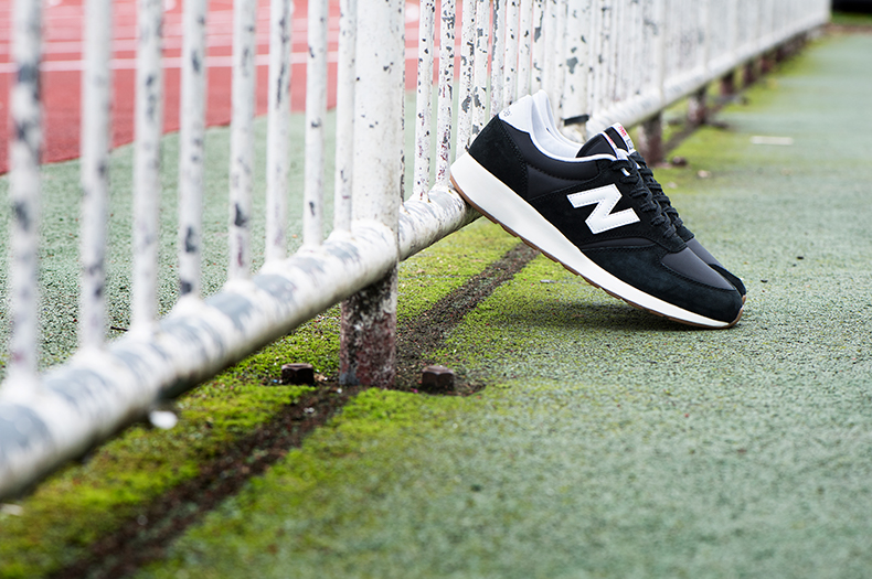 New Balance 420 rev lite in black