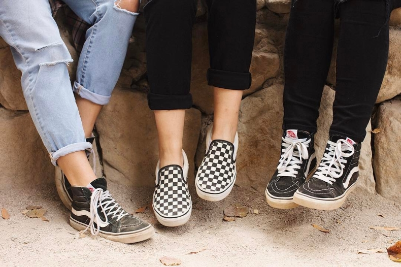 vans checkerboard trend group